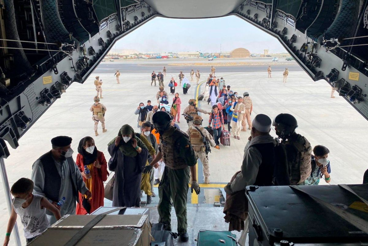 Western nations race to complete Afghan evacuation just days before deadline