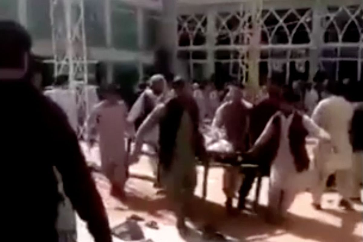Blast at Shi'ite mosque in Afghan city of Kandahar kills dozens