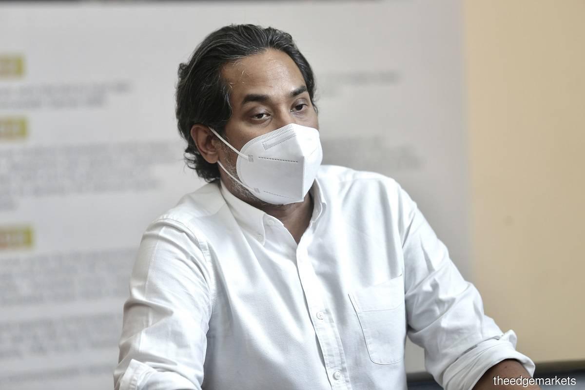 Khairy Jamaluddin (Photo by Zahid Izzani Mohd Said/The Edge)