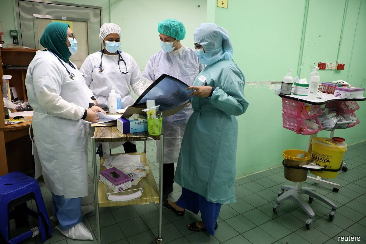 Covid 19: Malaysia reports 14 new cases involving 13 locals, one foreigner