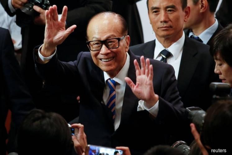 Hong Kong tycoon Li Ka-shing donates US$128 mil to support local business