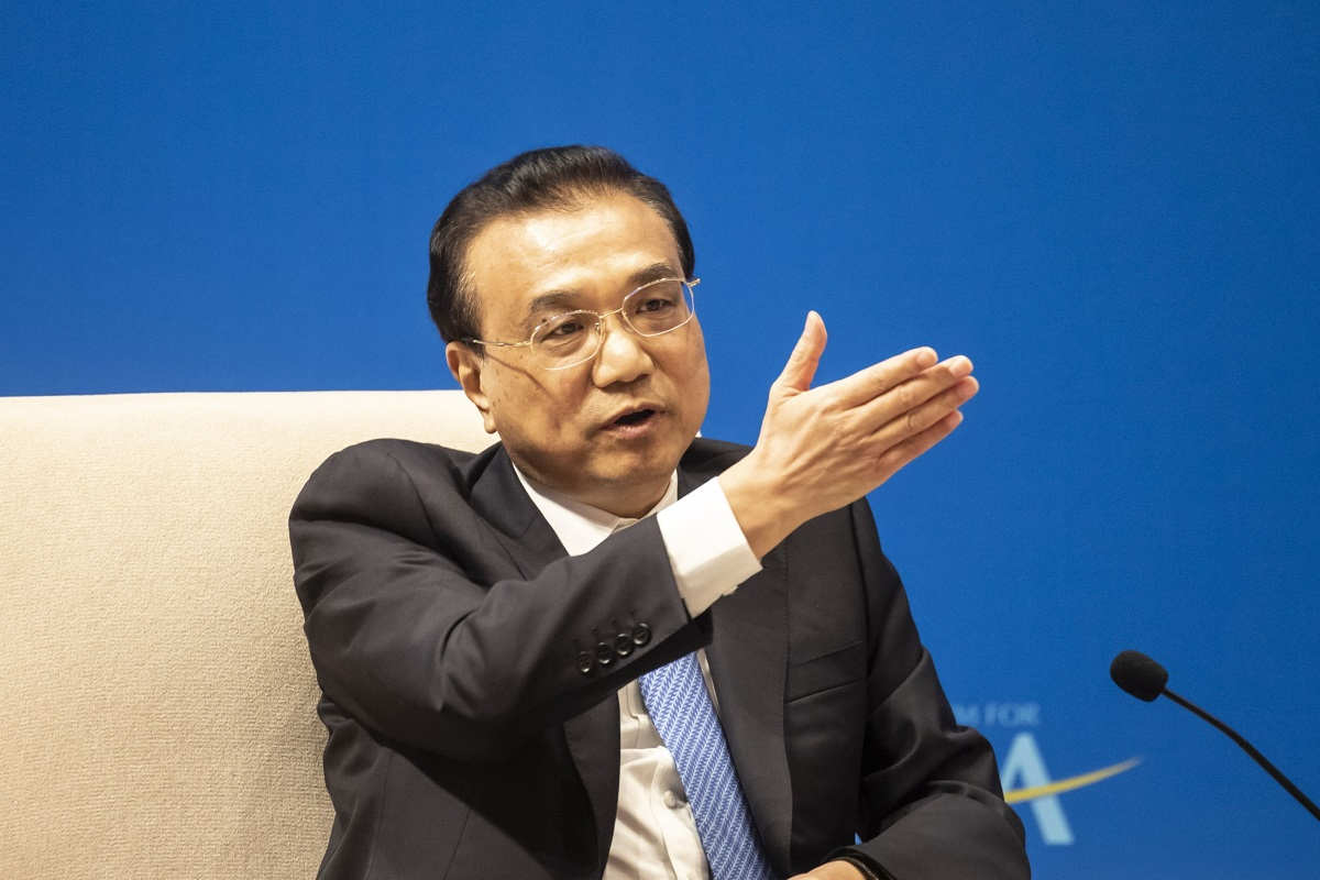 China's Premier Li seeks stable UK ties, vows to open economy