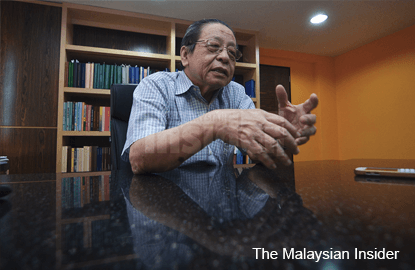 After '2 jobs' furore, Kit Siang tells Cabinet to stop acting like comedians