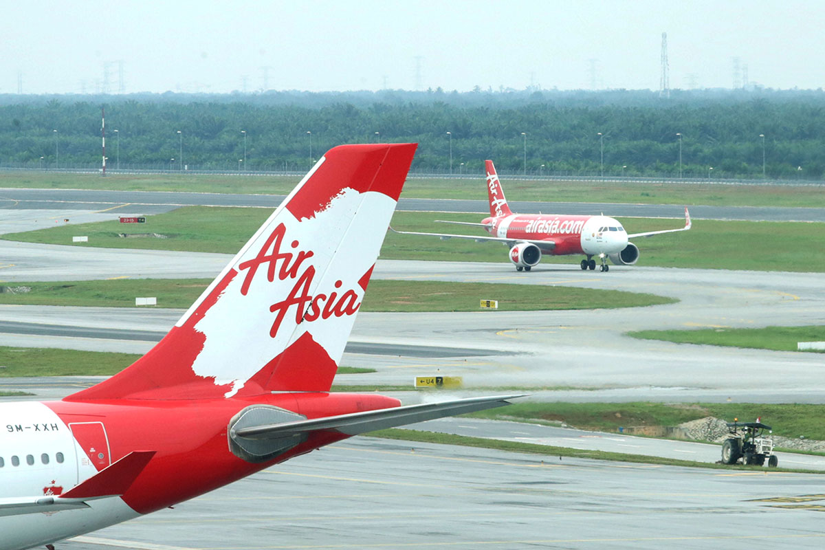 AirAsia's external auditor raises material uncertainty relating to going concern (The Edge photo)