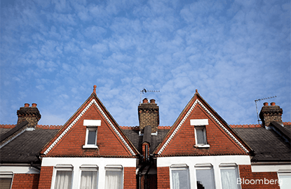 London house prices rebound in March boosted by outer