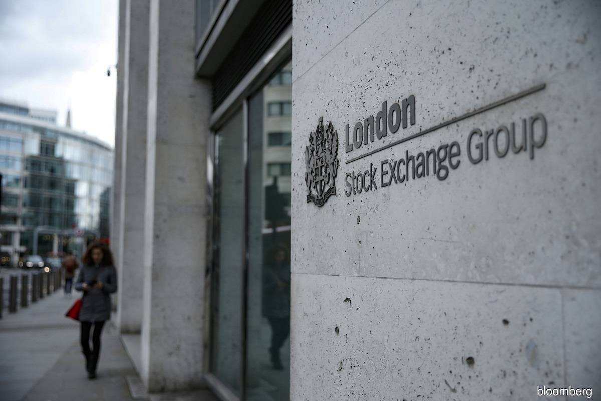 London Stock Exchange shares 'spooked' by costs from Refinitiv