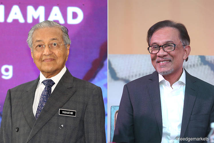 Dr Mahathir pledges to step down for Anwar, but not before November