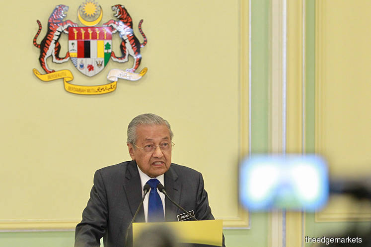 Mahathir says should impose limits on govt guarantees