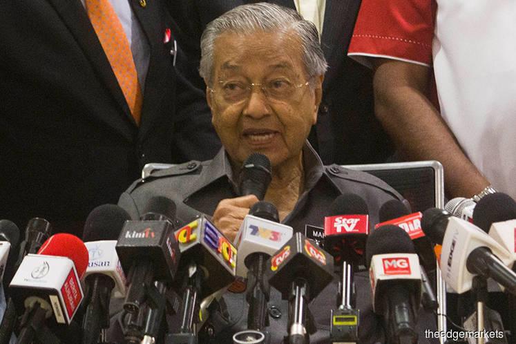 Dr Mahathir congratulates Jokowi on his re-election