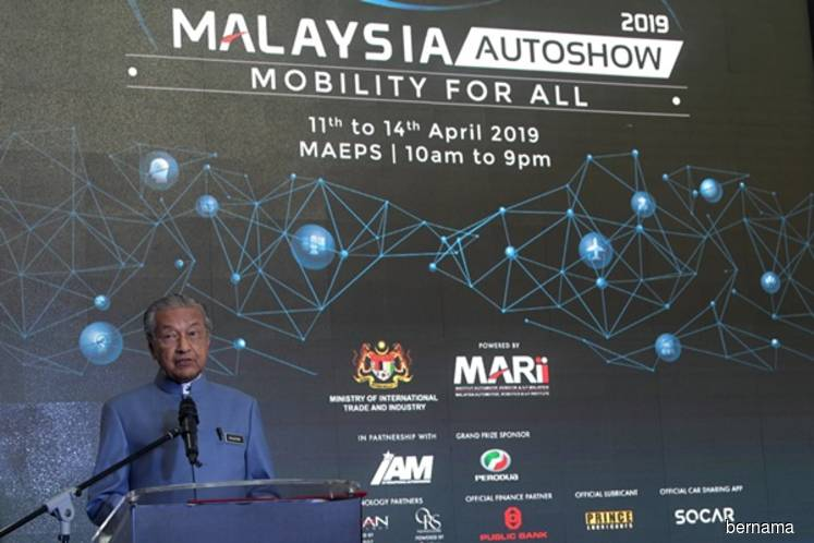 Dr Mahathir: Winning party to name Johor MB, losers should keep quiet