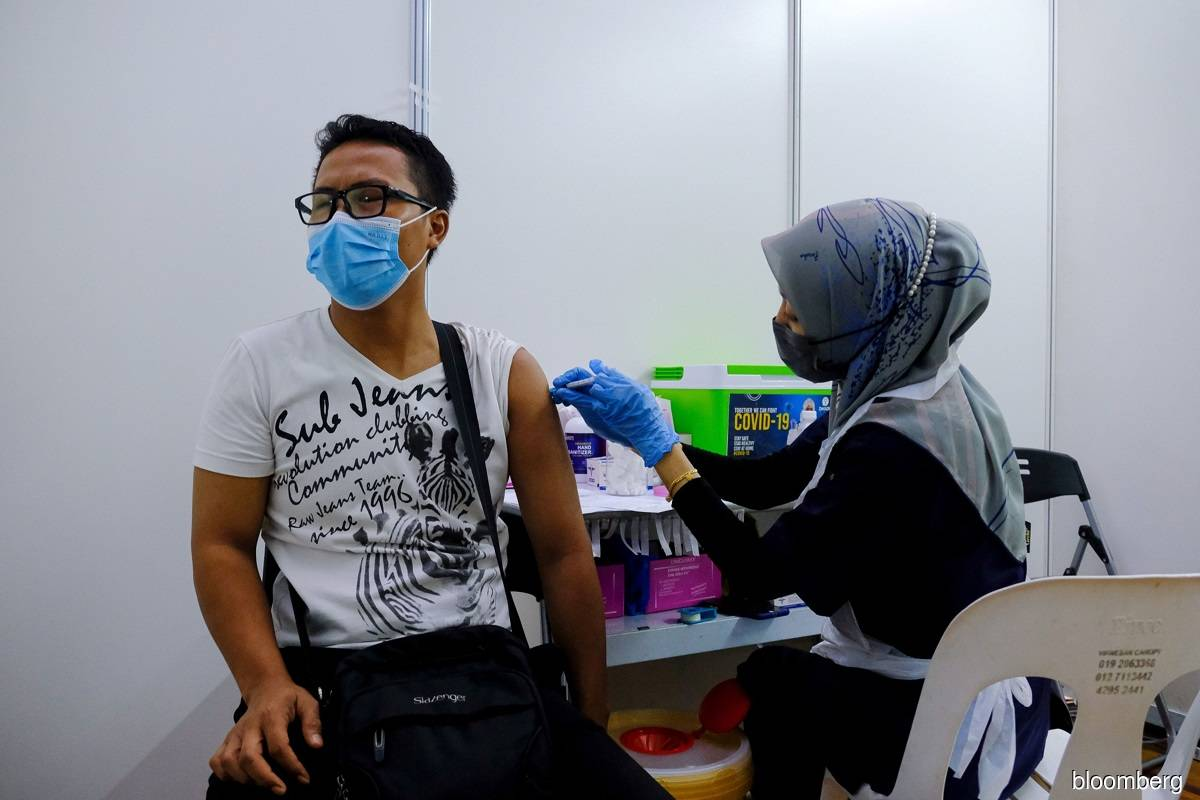 Four fully vaccinated individuals have died of Covid-19 so far, says Health D-G