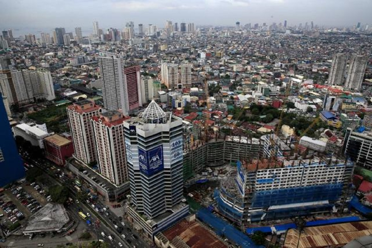 Philippine economy shrinks more than expected in fourth quarter