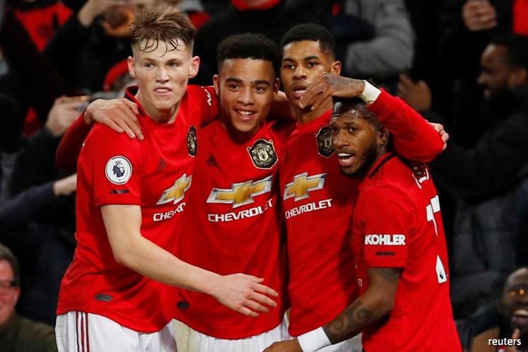 Solskjaer challenges Man Utd strike trio to improve