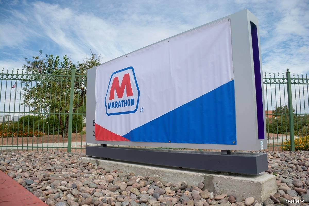 Marathon Petroleum posts smaller-than-expected loss as refining margins improve