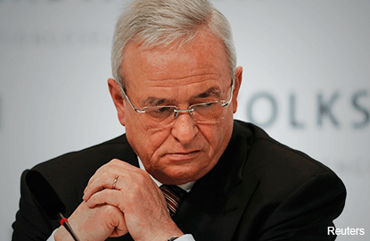 Ex-VW CEO denies early knowledge of diesel emissions cheating