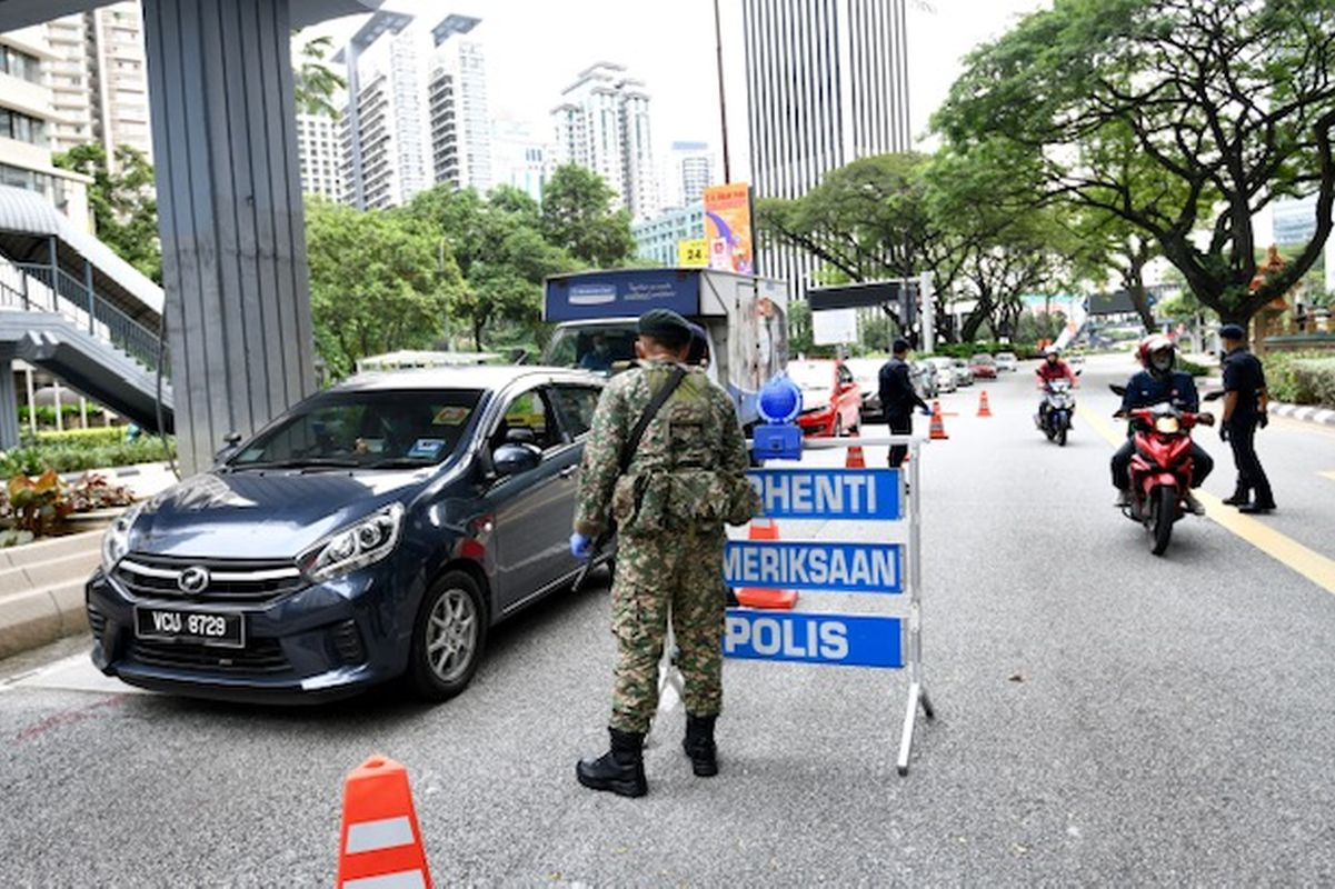 Police step up roadblocks in KL, Selangor to curb interstate travel