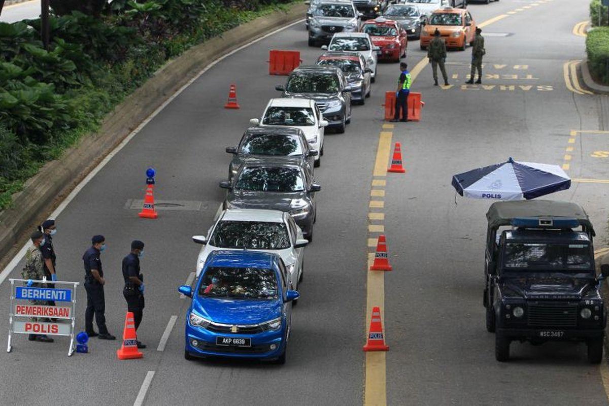 MCO: Police to maintain four roadblocks in Petaling Jaya