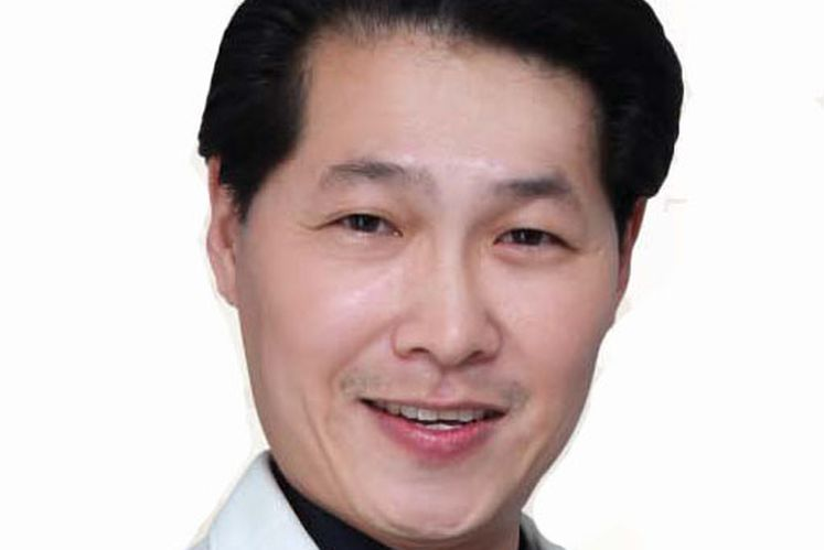 Alan Hoo, founder and executive director of Medcare International