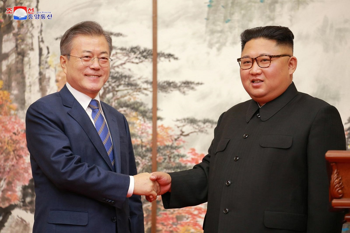 South Korean President Moon Jae-in and North Korean leader Kim Jong Un shake hands during their joint news conference in Pyongyang in this photo released by North Korea's Korean Central News Agency (KCNA) on Sept 20, 2018. (Photo by KCNA via Reuters)