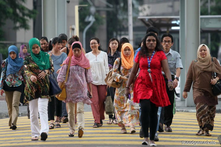 'Many Malaysians say not financially prepared for extended MCO'