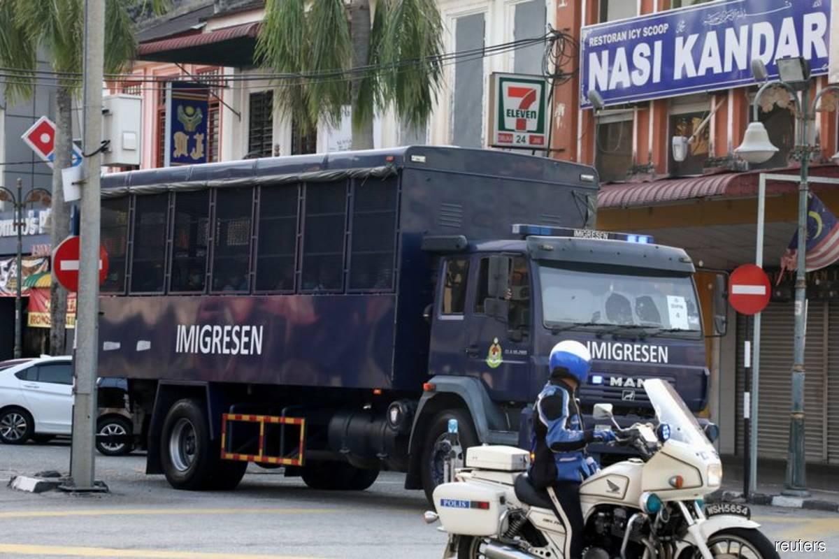 EU, US concerned over Malaysia's deportation of Myanmar nationals
