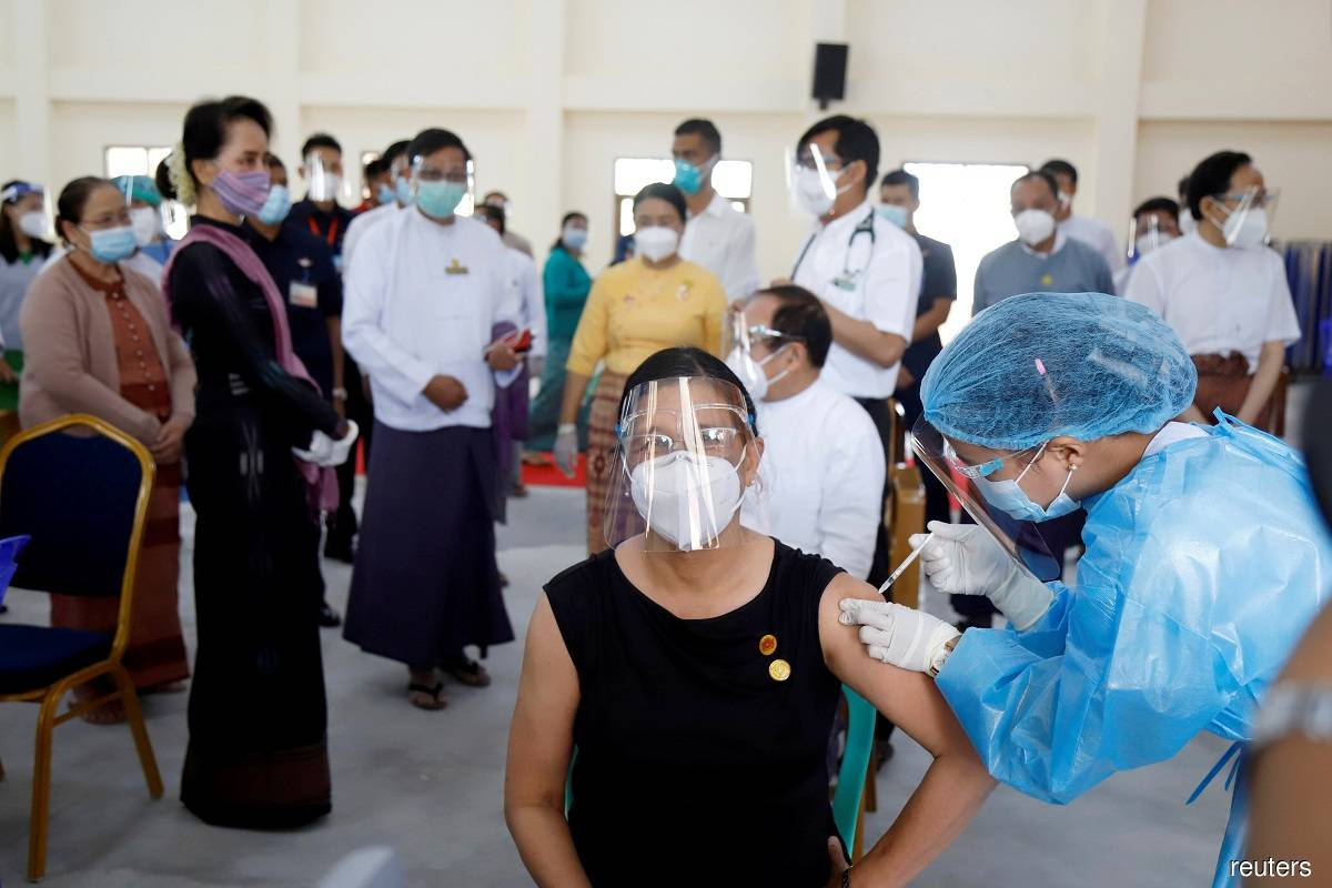 Myanmar launches vaccination drive, prioritises front line healthcare workers