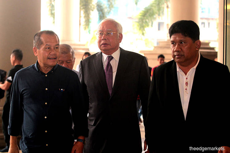 Najib's legal team to file contempt charges relating to SRC trial