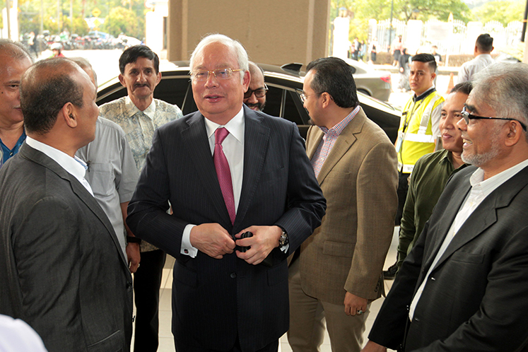 Najib fails to stay proceedings of SRC trial, defence case to go ahead on Dec 3
