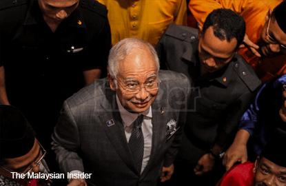 A-G says he called top 2 MACC officers before clearing Najib