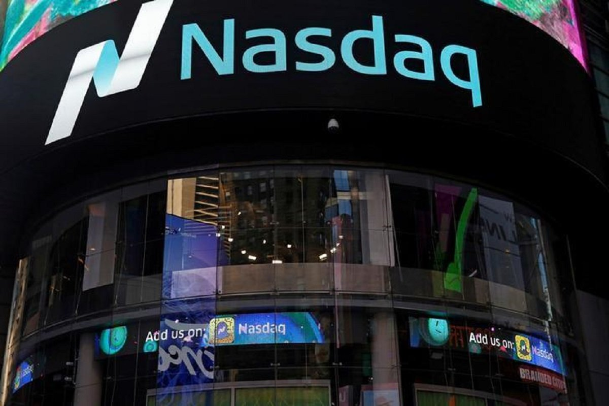 Nasdaq futures fall over 1% on inflation worries