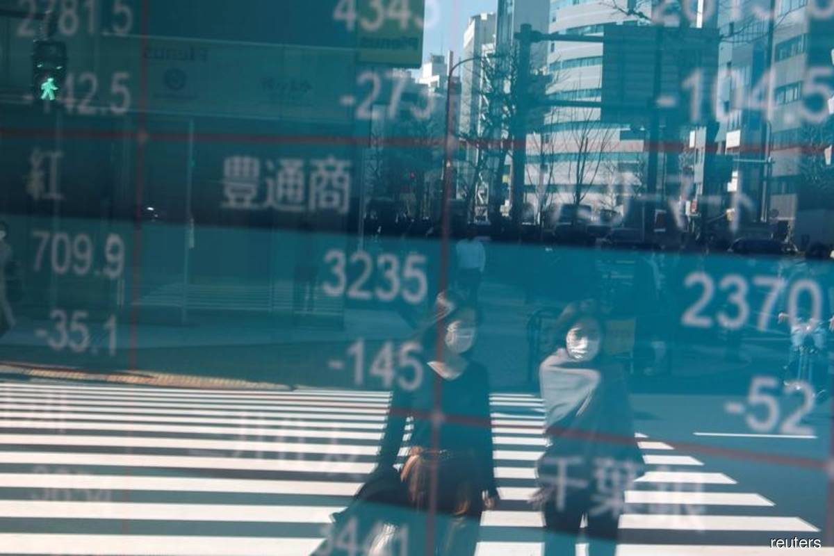 Asian shares seen lower on coronavirus, election uncertainty