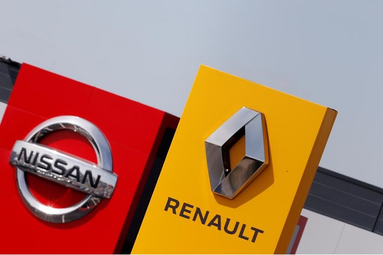 Nissan and Renault shelve merger plans to repair their alliance — sources