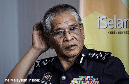 Police to probe into Facebook bomb threat against Najib