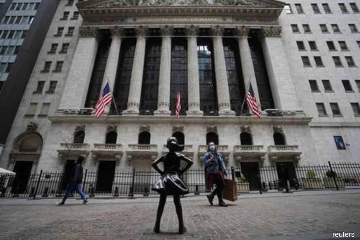S&P 500, Nasdaq post record closing highs after Fed minutes