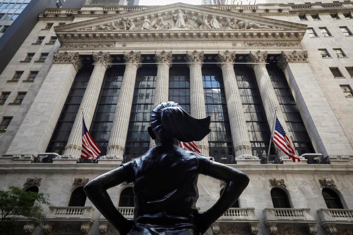 Value bulls bang drum for cheap stock resurgence on Fed, vaccine hopes
