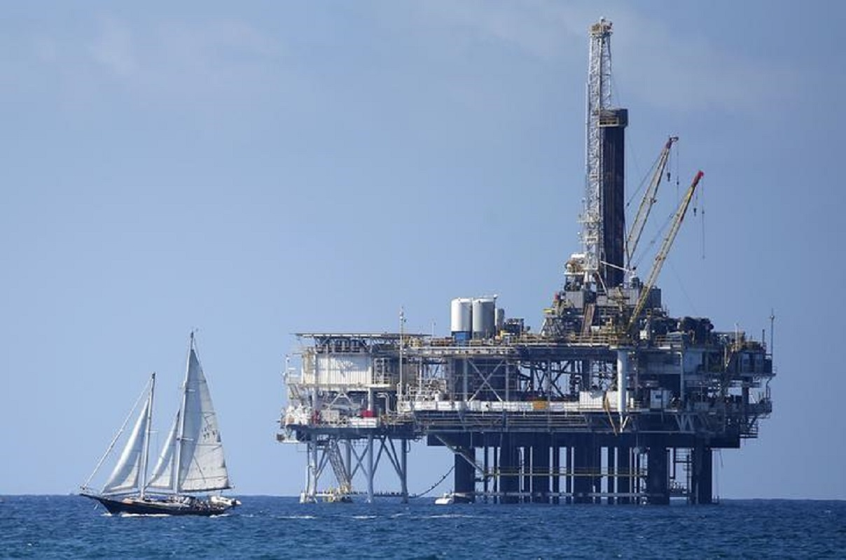 Oil dips after surprise rise in US crude stocks; focus on Biden, stimulus