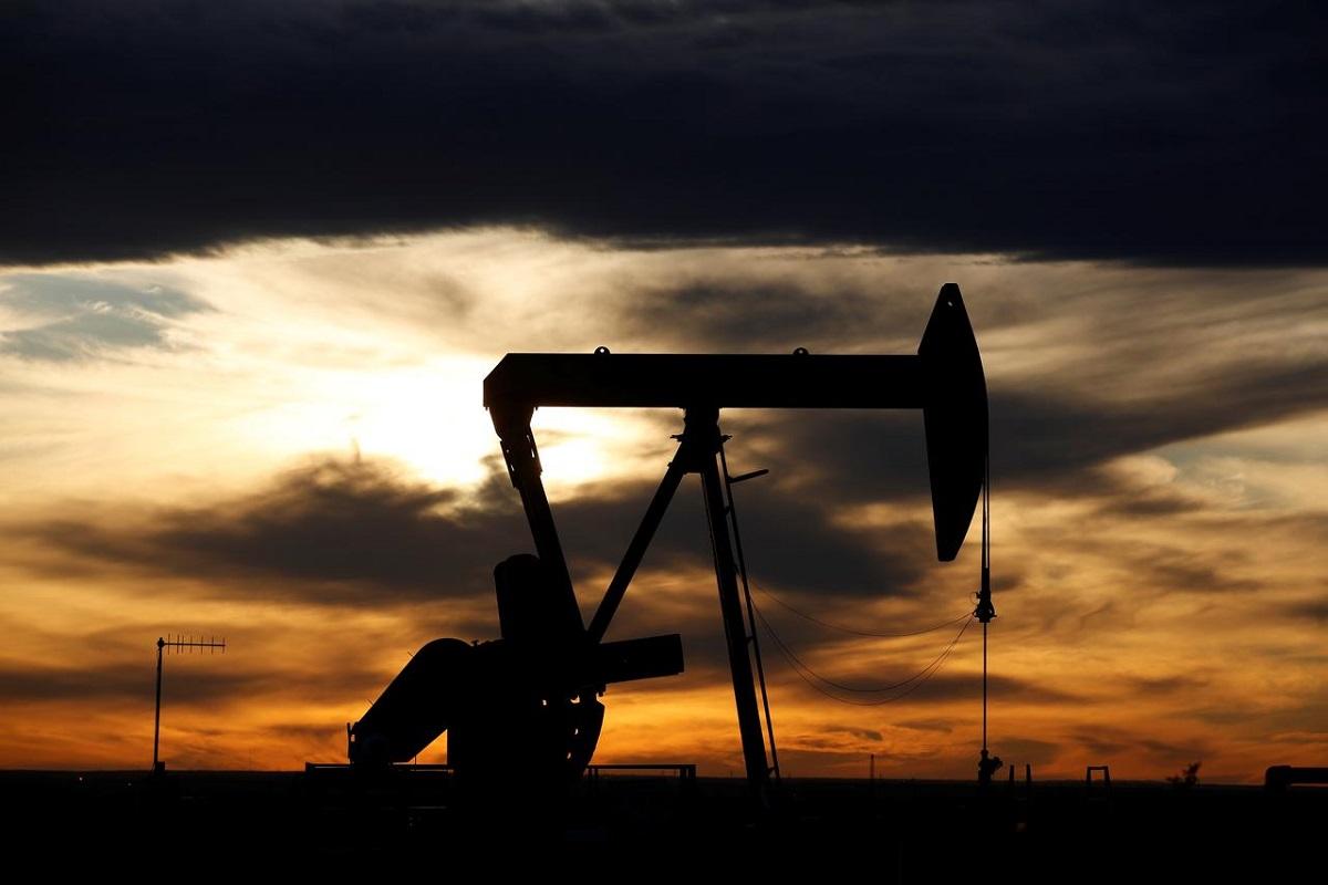 Oil steady as virus fears counter positive factory data