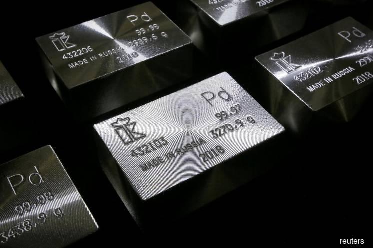 Palladium 'bubble has burst' in metal's biggest drop since 2010