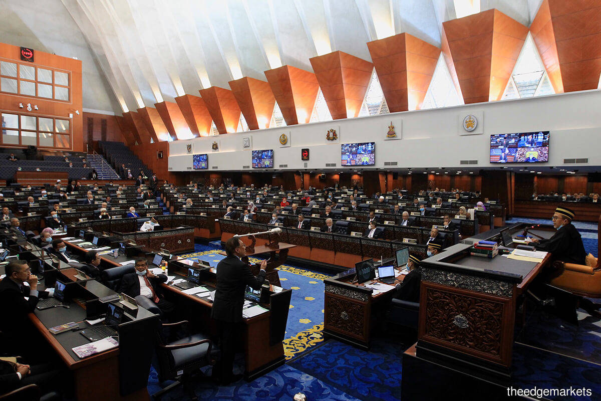 Dewan Rakyat to focus on Sarawak oil and gas rights claims today