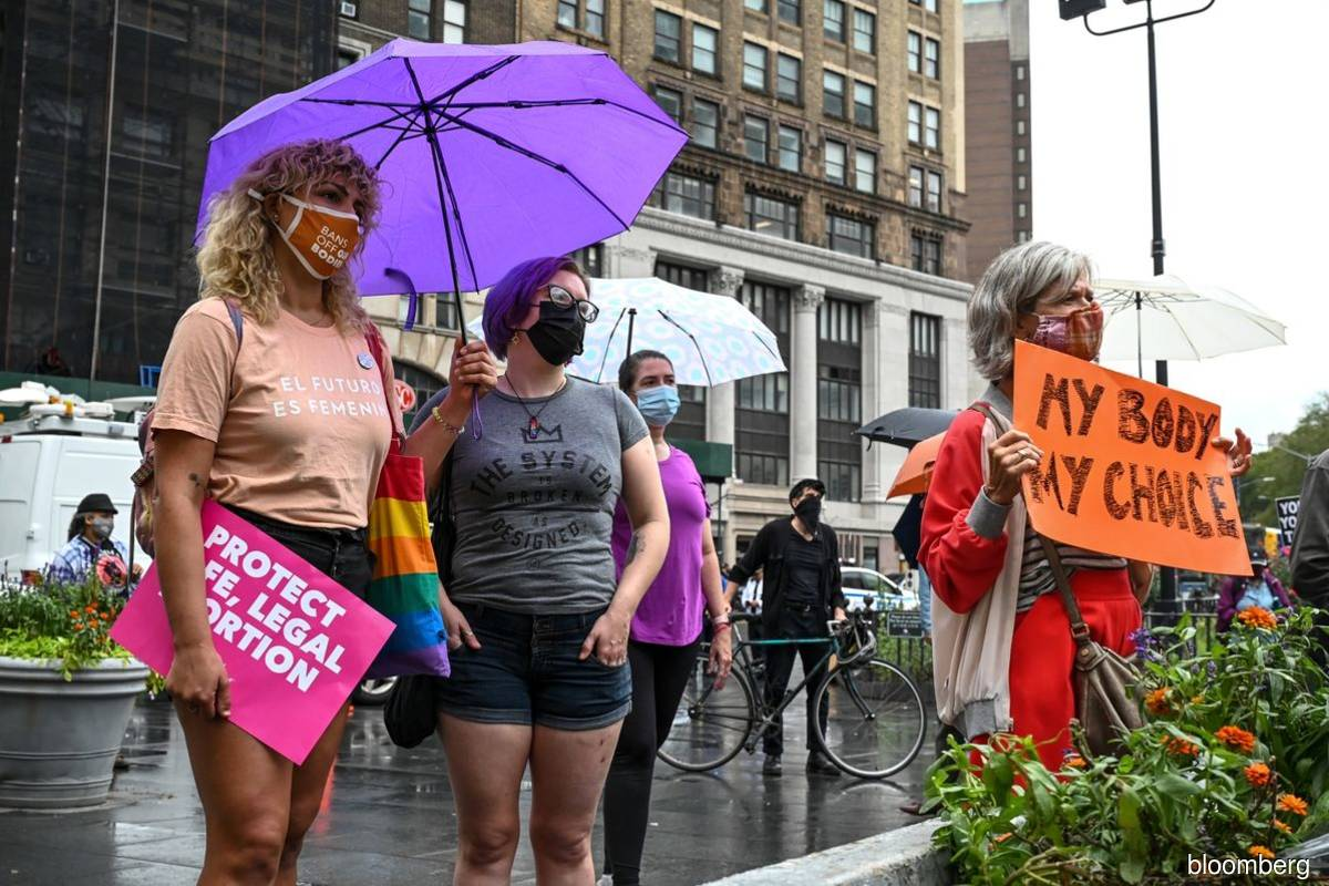 DOJ seeks emergency court order blocking Texas anti-abortion law