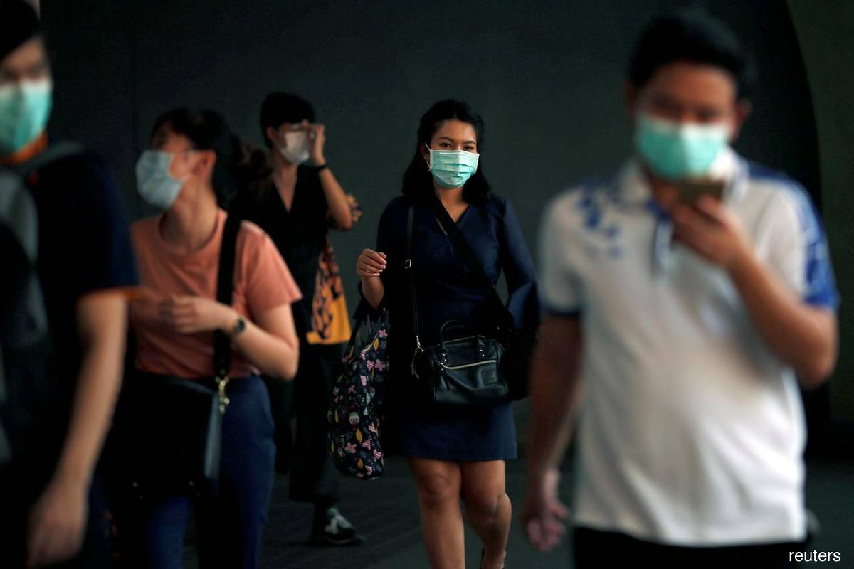 Thailand reports 819 new virus cases, one additional death
