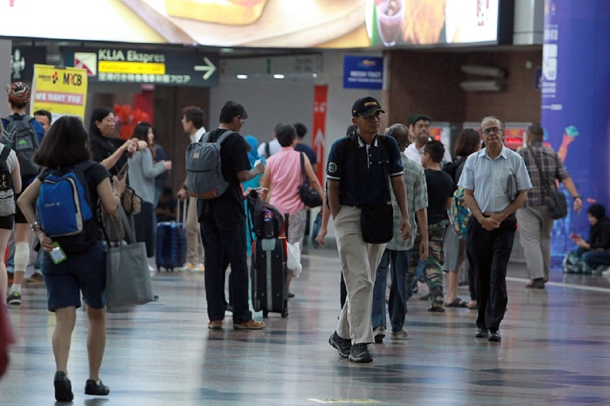 A quarter of Malaysian workers fear job loss — survey