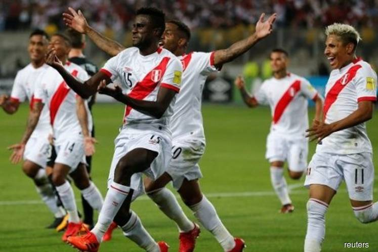 Victims of an old failing, Peru and their fans will be missed