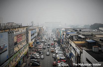 Smoke-hit areas decline as evening wears in