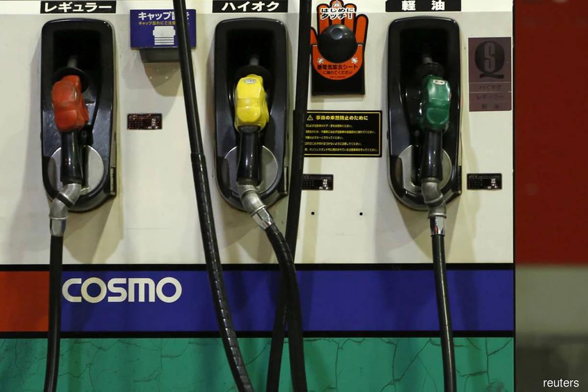 Oil rises despite OPEC+ sticking to output hike amid India Covid surge