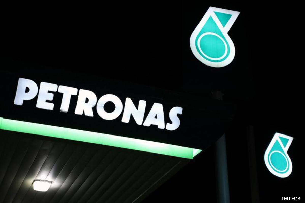Petronas declared force majeure on two crude grades — sources