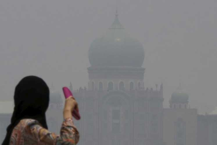 'Very unhealthy' air quality in Putrajaya, four other areas as at 9 am