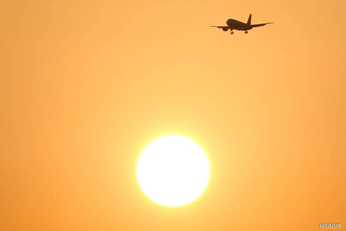 China protest sets stage for U.N. plane emissions debate