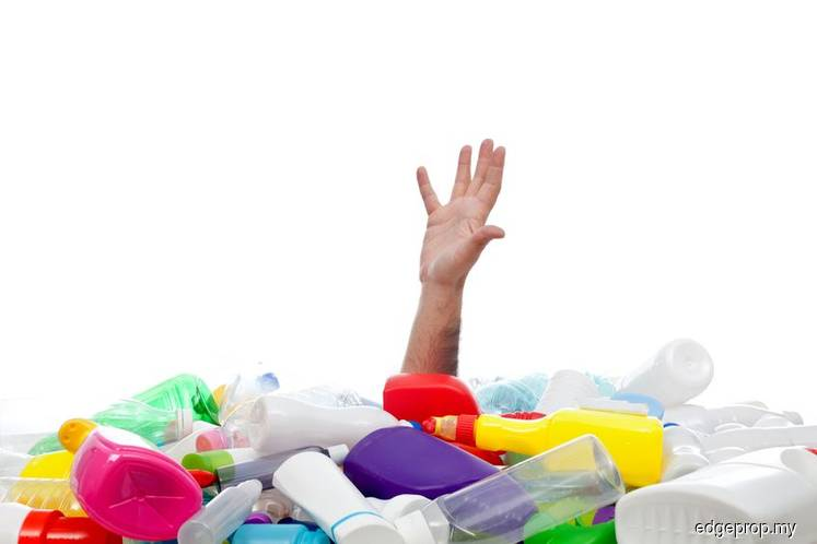 Report: Bulk of US plastic waste shipments end up in Thailand, Malaysia, Vietnam