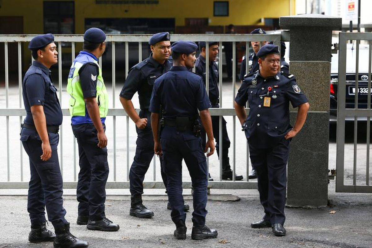 Cops prohibited from inspecting foreigners at random — IGP
